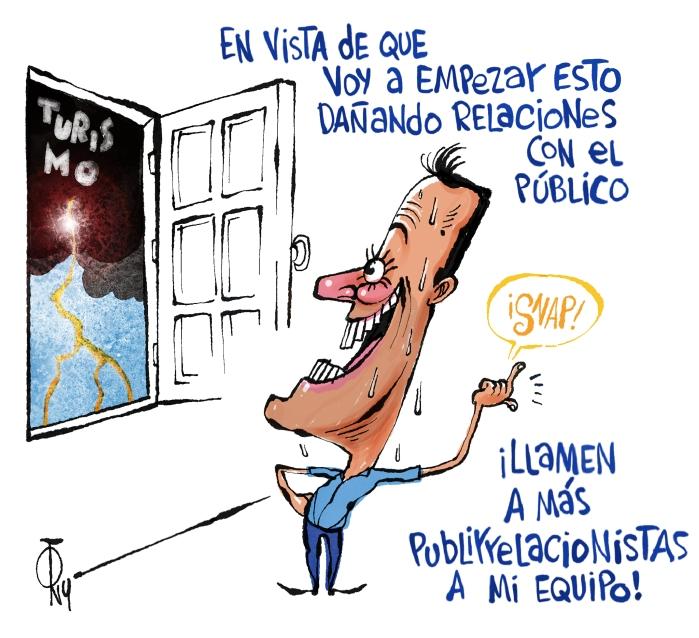 CON EL PIE IZQUIERDO